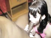 Una bruna amatoriale arrapata scopa con un ragazzo nero con un cazzo enorme